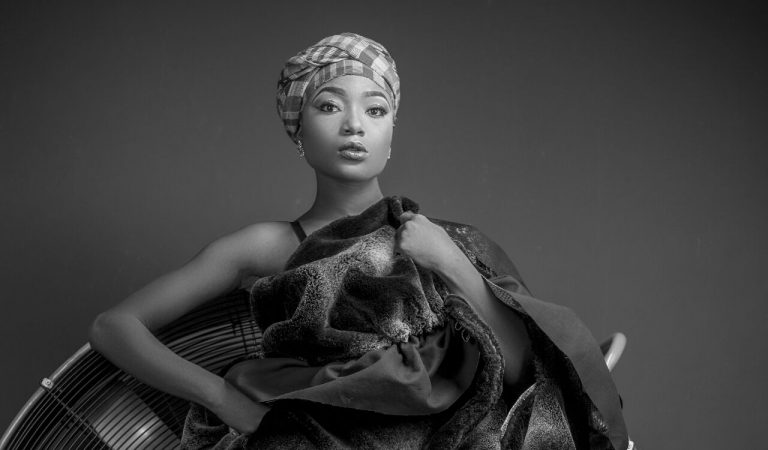 "Efya releases second single ""KINGSTON CHILD"" ahead of upcoming EP"